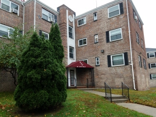 66-02 1C 111 St, Forest Hills, NY, 11375 United States