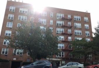 2D 5730 Mosholu Ave, Bronx, NY, 10471 United States