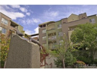 313 29 Songhees Rd, Victoria West, BC, V9A 4W3 Canada
