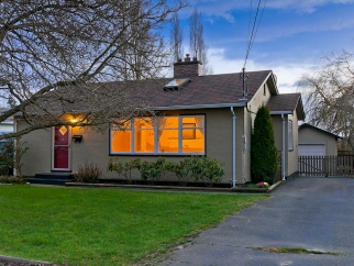 151 Crease Avenue, Saanich West, BC, V8Z 1S8 Canada