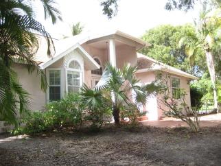 800 Chestnut Ct, Marco Island, FL, 34145 United States