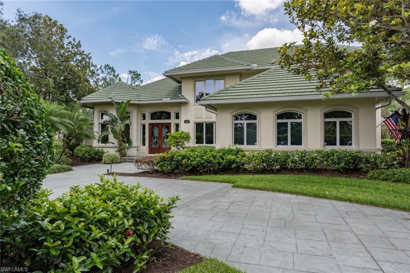 4356 Pond Apple Dr N, Naples, FL, 34119 United States