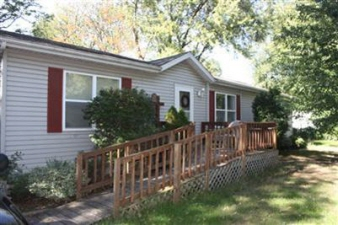 2876 May St, Portage, IN, 46368