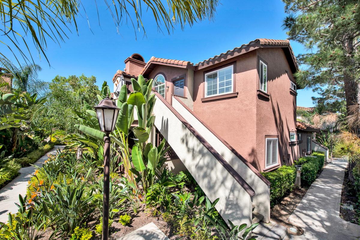 138 Flor De Sol, Rancho Santa Margarita, CA, 92688 United States