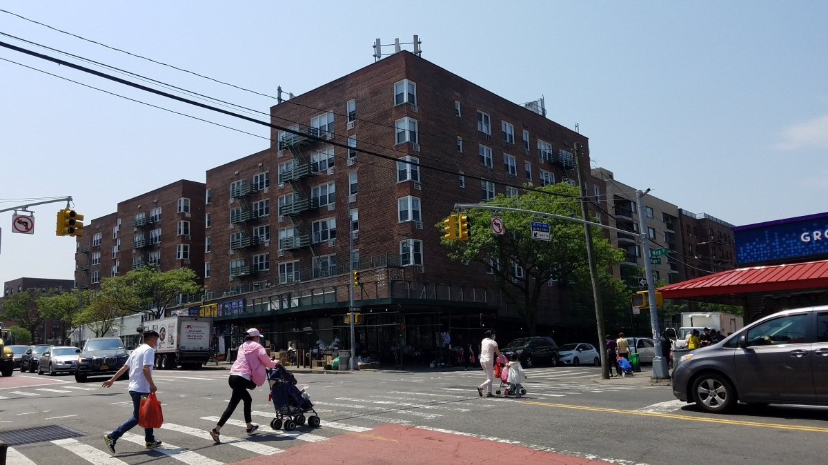 2A 134-54 Maple Ave, Flushing, NY, 11355 United States