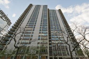 701E 1255 N. Sandburg Terrace, Chicago, IL, 60610 United States