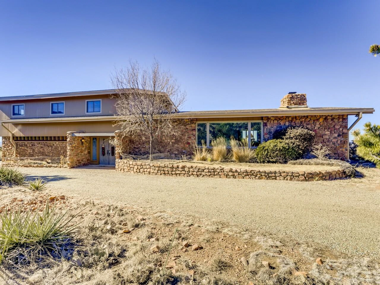 83 Camino Pacifico, Santa Fe, NM, 87508 Canada