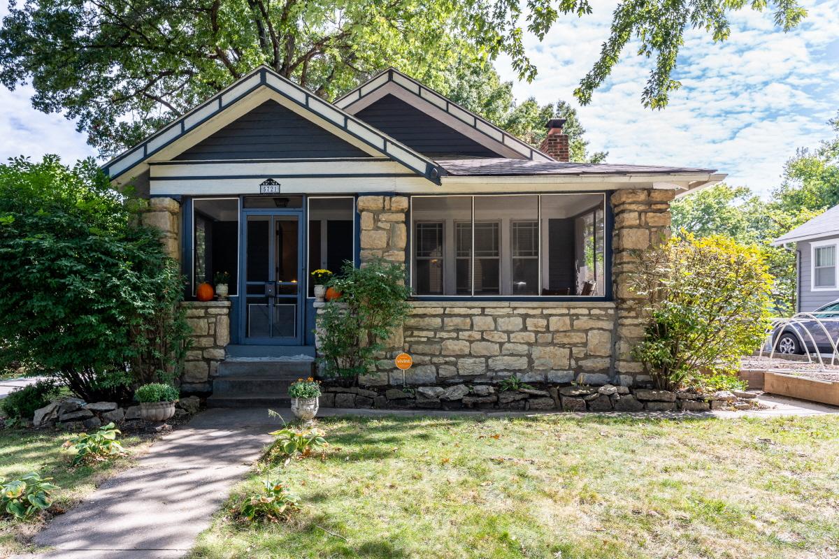 5721 Holmes St, Kansas City, MO, 64110 United States