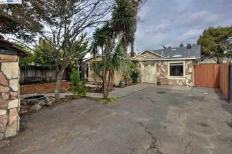 2020 Vivian Street Street, Castro Valley, CA, 94546 Canada
