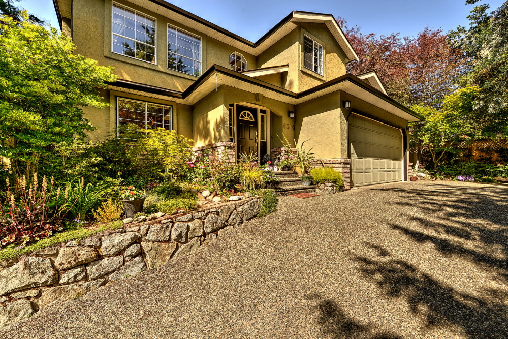 6659 Wallace, Brentwood Bay, BC, V8M 1A2 Canada