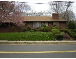 214 Woodbridge Av, Metuchen, NJ, 08840