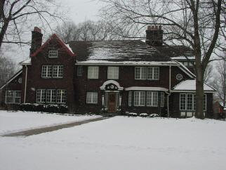 10324 Lake Ave, Cleveland, OH, 44102 United States