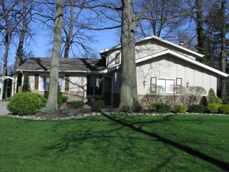 3705 Chrisfield Dr, Rocky River, OH, 44116 United States