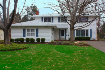 30324 Manhassett Dr, Bay Village, OH, 44140 United States