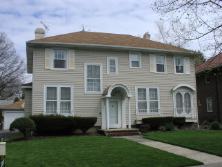 1057 Parkside Dr, Lakewood, OH, 44107 United States