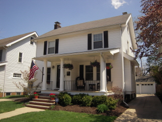 1081 Lakeland Ave, Lakewood, OH, 44107 United States