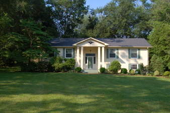 9239 Vernon Drive, Great Falls, VA, 22066 United States