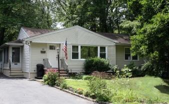 10 ADELPHIA RD, PARSIPPANY, NJ, 07054 United States