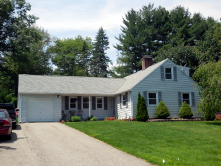 94 94 E Circle Dr, East Longmeadow, MA, 01028 United States