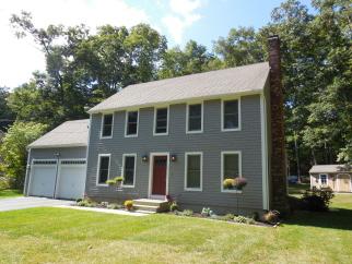173 Cedar St, Sturbridge, MA, 01518 United States