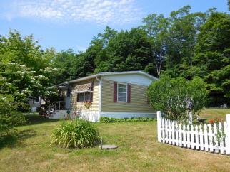 53 Elm Lane, Wales, MA, 01081 United States