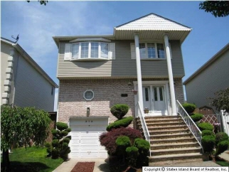 979 Sinclair Ave, Staten Island, NY, United States