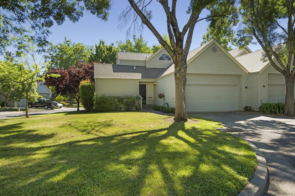 100 Reed Ct, St. Helena, CA, 94574 United States