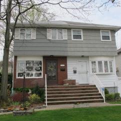 194 Robinson Ave., Staten Island, NY, United States