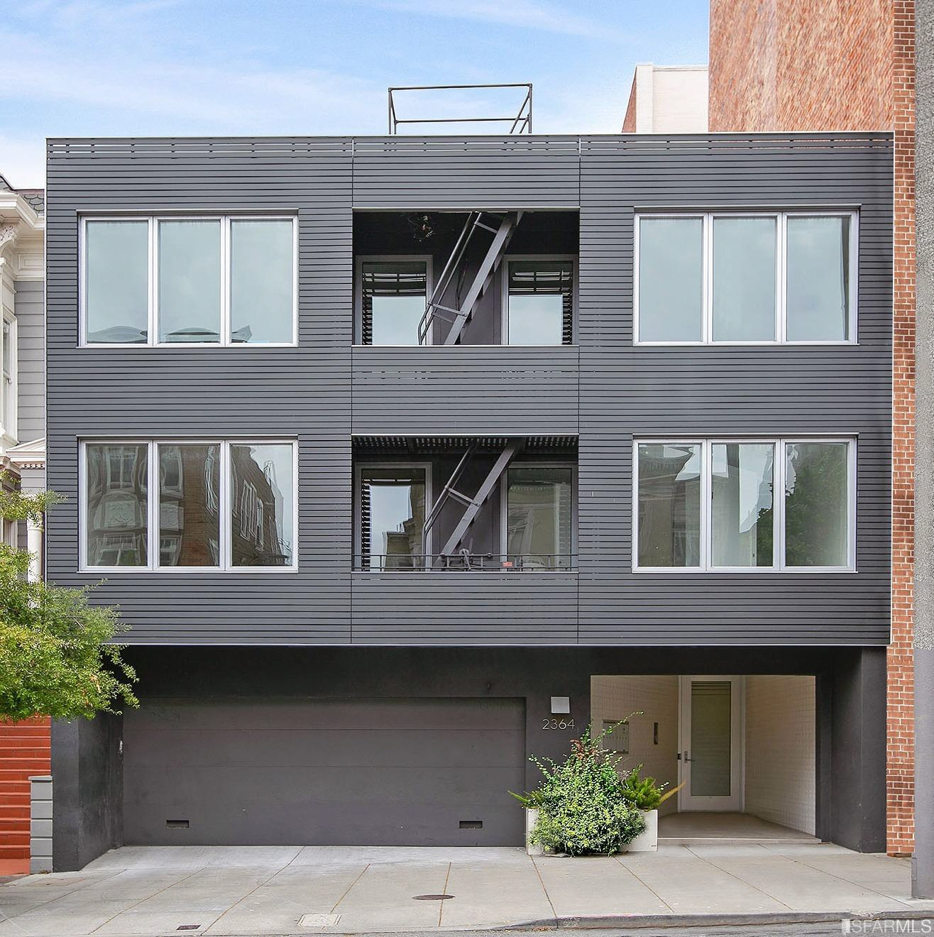 2364 Pacific Ave #3, San Francisco, CA, 94115 United States